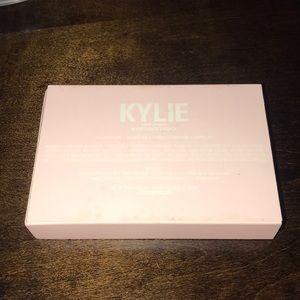 Kylie Cosmetics Makeup - Kylie Jenner Velvet Liquid Lipstick Set